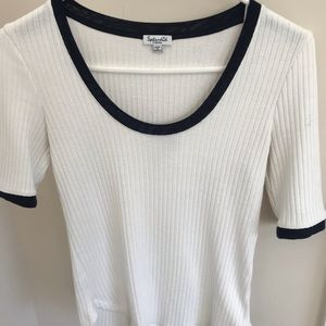 76d8eb67ae6 Women s White And Blue White Splendid T Shirt on Poshmark